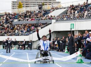 [パラ駅伝 in Tokyo 2015 レポート] 健常者と障がい者ランナーがたすきをつなぐ