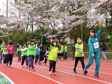 [SRCアスリート・スポーツ交流会] 障がい者も、健常者も一緒に。パラリンピアンらの指導に子どもたちの笑顔咲く