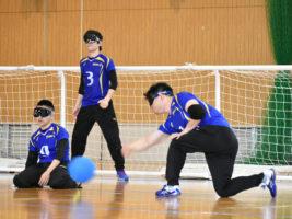 [日本ゴールボール選手権大会男子一次予選大会] チーム附属Aが、国リハMen'sチーム雷との接戦制して優勝!