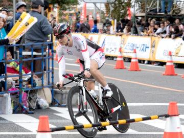 [ツールドフランスさいたまクリテリウム2016] 世界トップ選手と一緒に、パラサイクリング選手も走りを披露