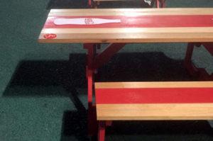 パーク内のベンチは車いすユーザーも利用しやすい仕様だった