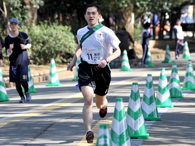 5000m、10000m、マラソンの日本ろう記録を保持する山中孝一郎選手(東京わくわくエンジョイ)が2区の区間賞!
