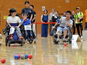 [第2回全国特別支援学校ボッチャ大会「ボッチャ甲子園」]まさに中・高生の日本選手権!前年を上回る36チームが熱戦
