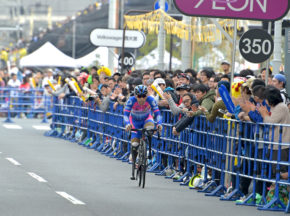 世界選手権優勝の野口も、リオパラメダリストの藤田も出場した「ツールドフランスさいたまクリテリウム」。日本の自転車ファンに、パラサイクリングの魅力をアピール!
