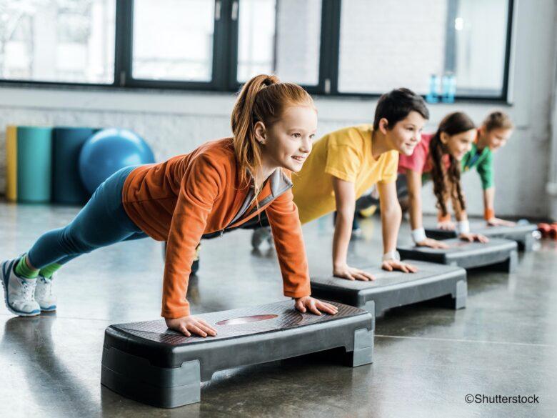 たった4分の運動で集中力アップ! 脳科学のプロが教えるキッズ脳育運動