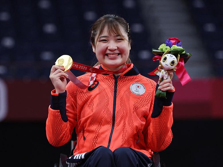 「ちょっとずつ、いいこと増えたら…」バドミントン・里見紗李奈の人生照らす、2つの金メダル
